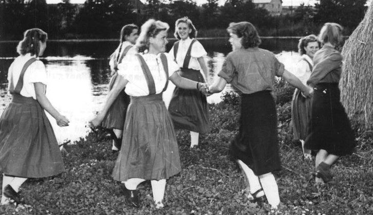 Bundesarchiv, Bild 183-15844-0028 / CC-BY-SA
